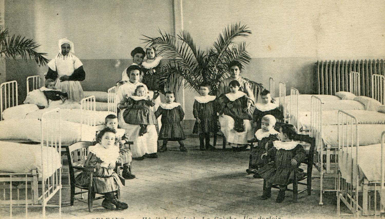Hôpital Général : Dortoir des enfants (enfants trouvés, abandonnés et les orphelins)