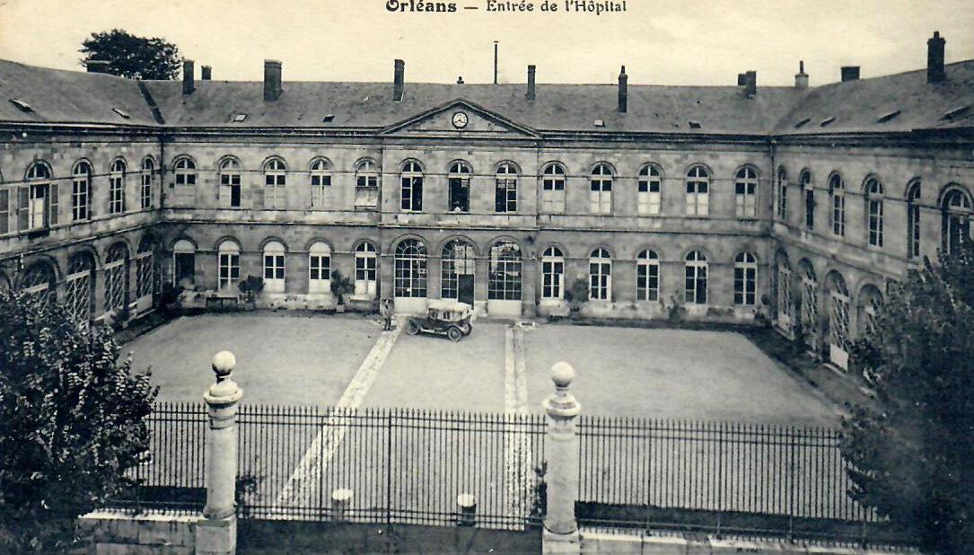 Cour d'entrée de l'Hôtel-Dieu ouvert en décembre 1844