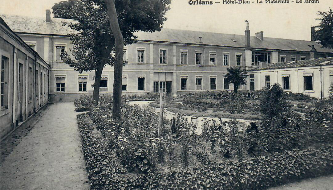 Hôtel-Dieu : Jardin de la maternité, dénommée également Pavillon Halmagrand