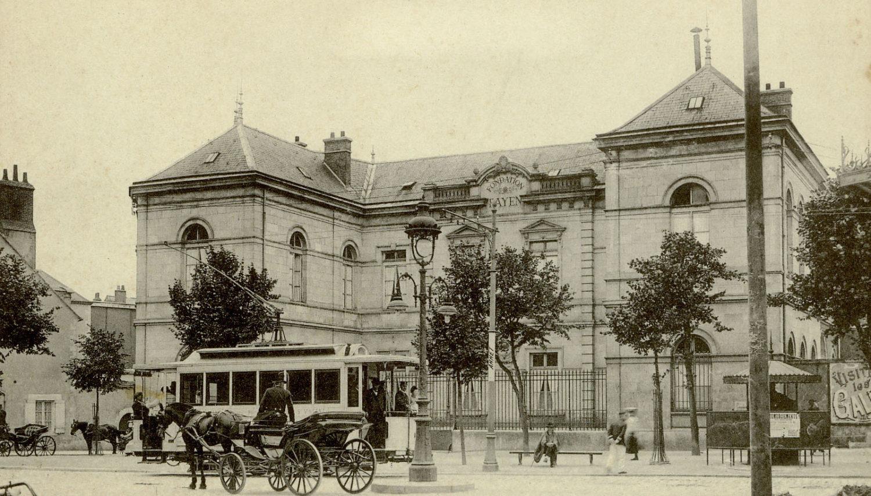 La Fondation Payen. Hôpital pour enfants en 1885, puis service de chirurgie, prématurés, pédiatrie. En 2020 : grand espace de santé. Pour en savoir plus, cliquez sur la photo.